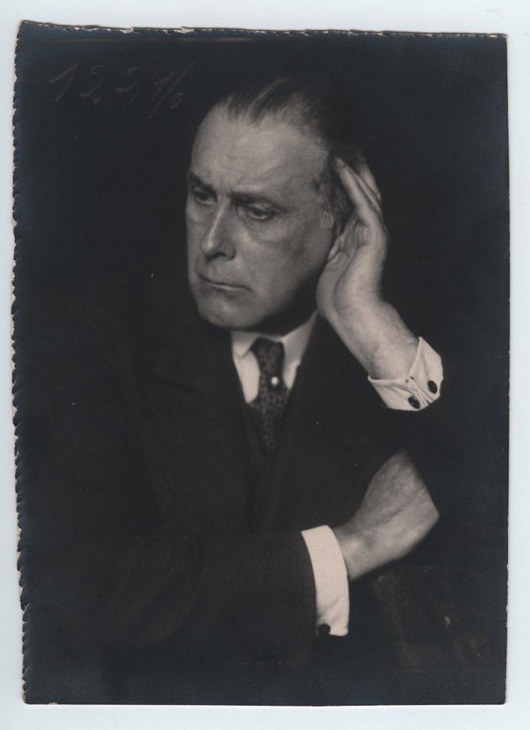 Porträt Adolf Loos, um 1929 Foto: © Trude Fleischmann © ALBERTINA, Wien