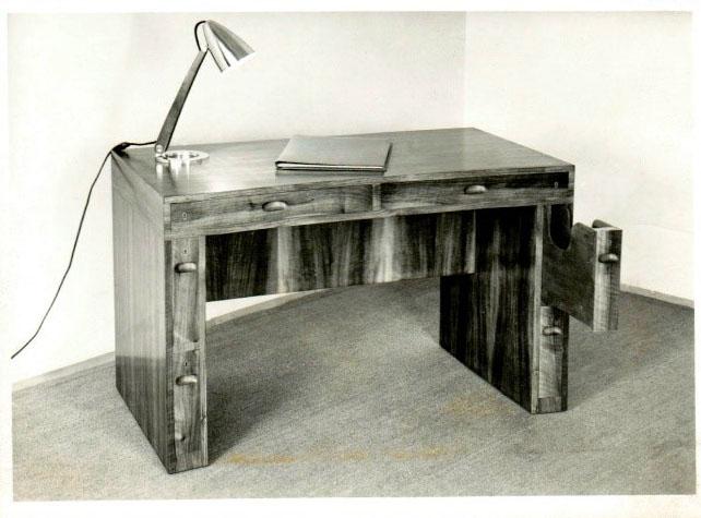 Julius Jirasek, Schreibtisch