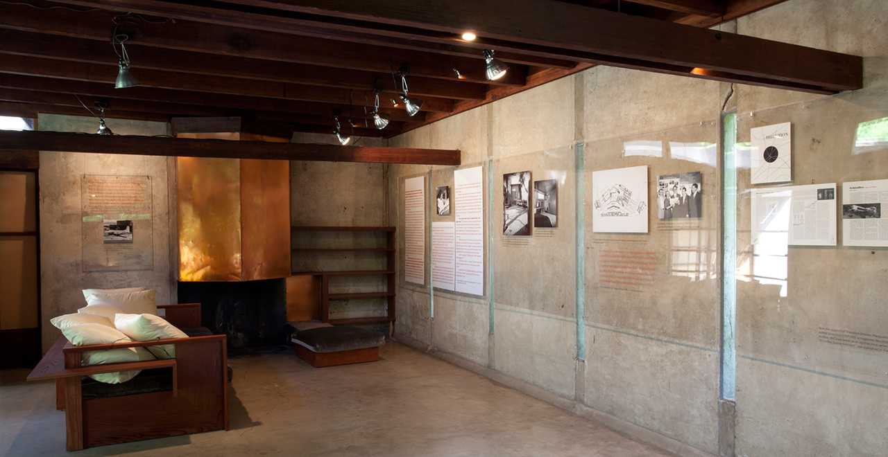 Sympathetic Seeing: Esther McCoy and the Heart of American Modernist Architecture and Design (September 28, 2011 – January 29, 2012), MAK Center for Art and Architecture at the Schindler House © MAK Center / Joshua White