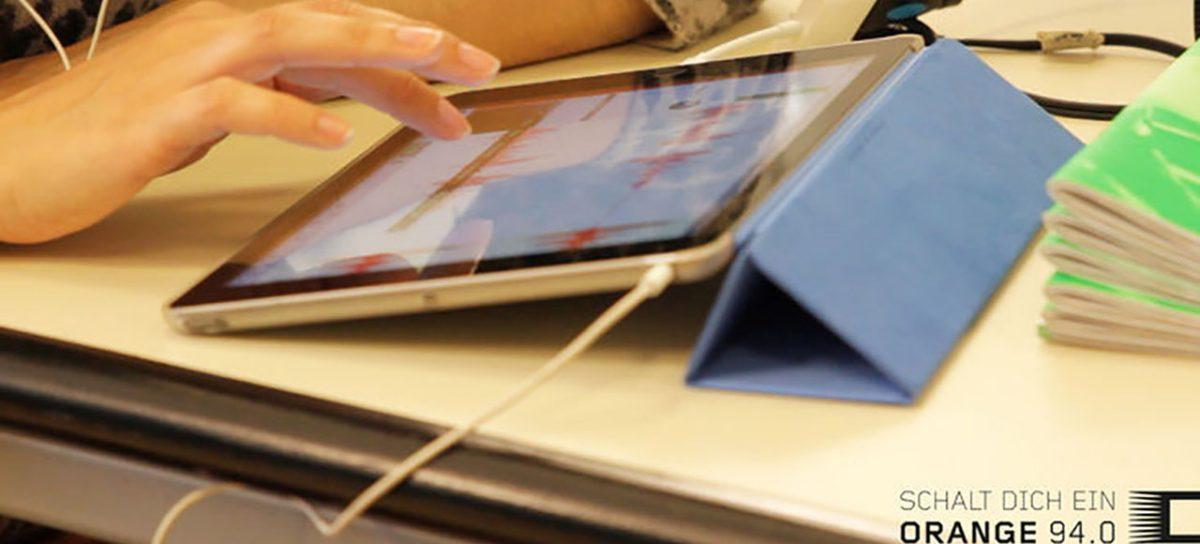 Mobile Reporting: das Smartphone als Radiostudio. Eine Kooperation von MAK und Radio ORANGE 94.0